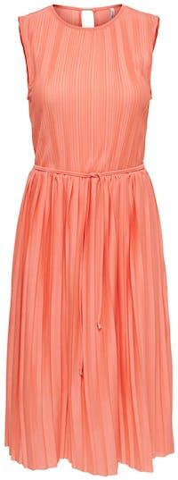 Sommerkleid in der Farbe Koralle von Comma