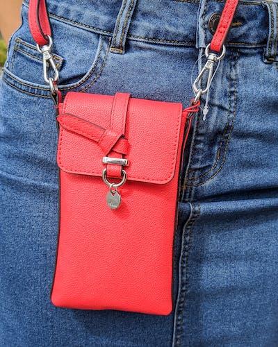 rote handytasche von s.Oliver