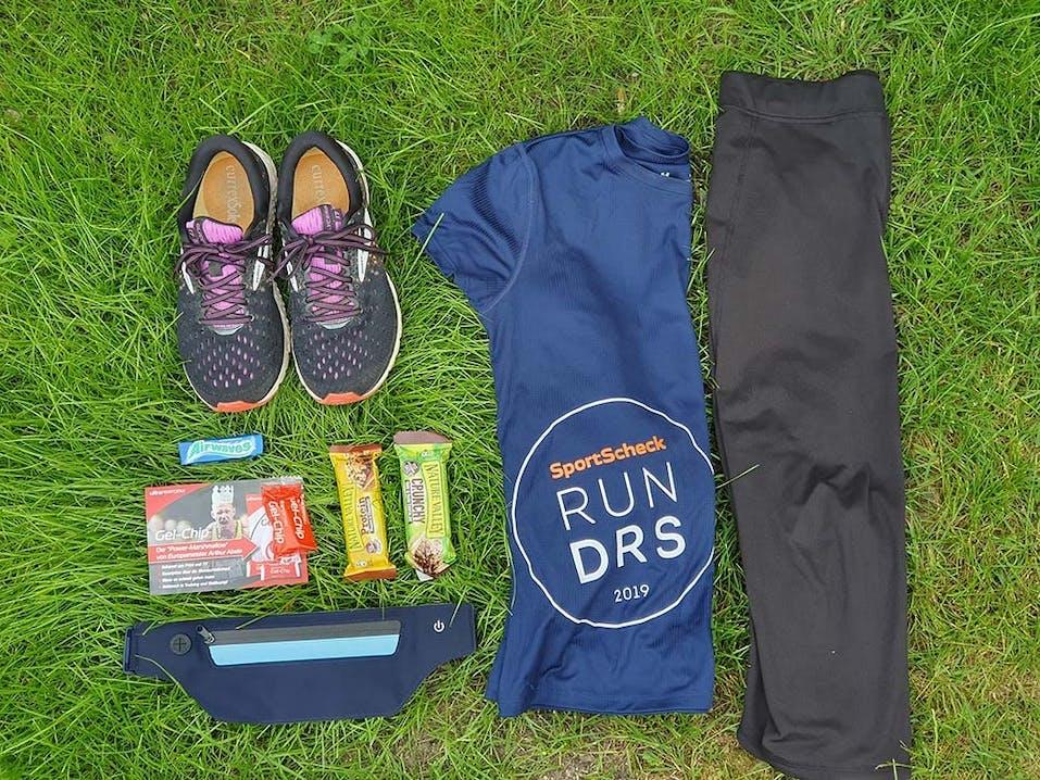 Startbeutel und Outfit für den SportScheck Stadtlauf in Dresden