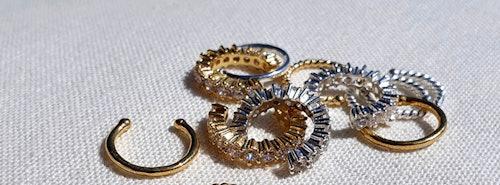Earcuffs in Gold und Silber