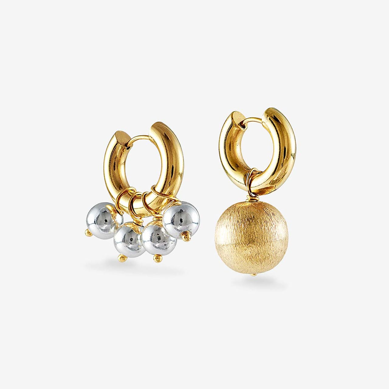 Mismatched silver and gold earrings - Creolen - Gold