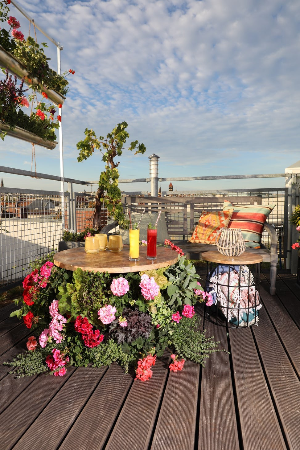 Idée pour un refuge fleuri : décorez votre toit-terrasse ...