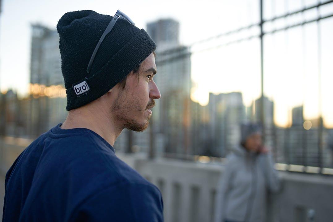 Michi von BMTV beim Sonnenaufgang in Vancouver