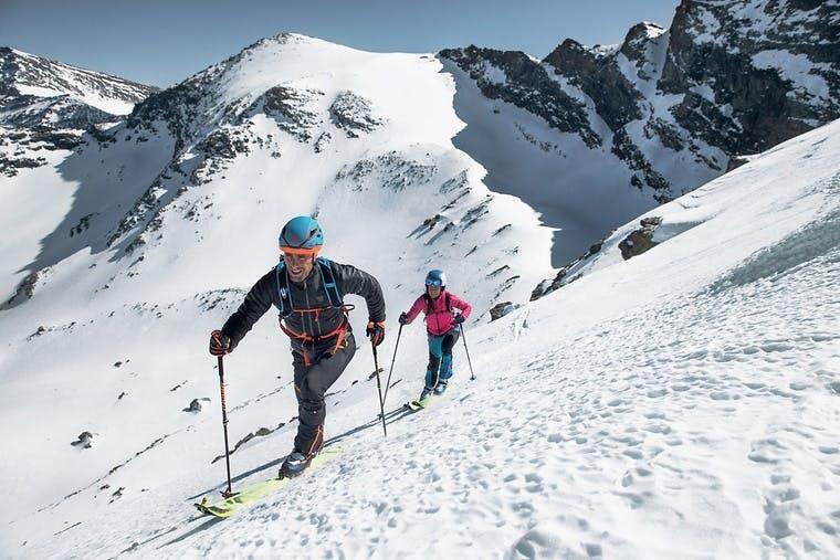 Skitourenschuhe, -bekleidung und -ausrüstung im Dynafit Onlineshop