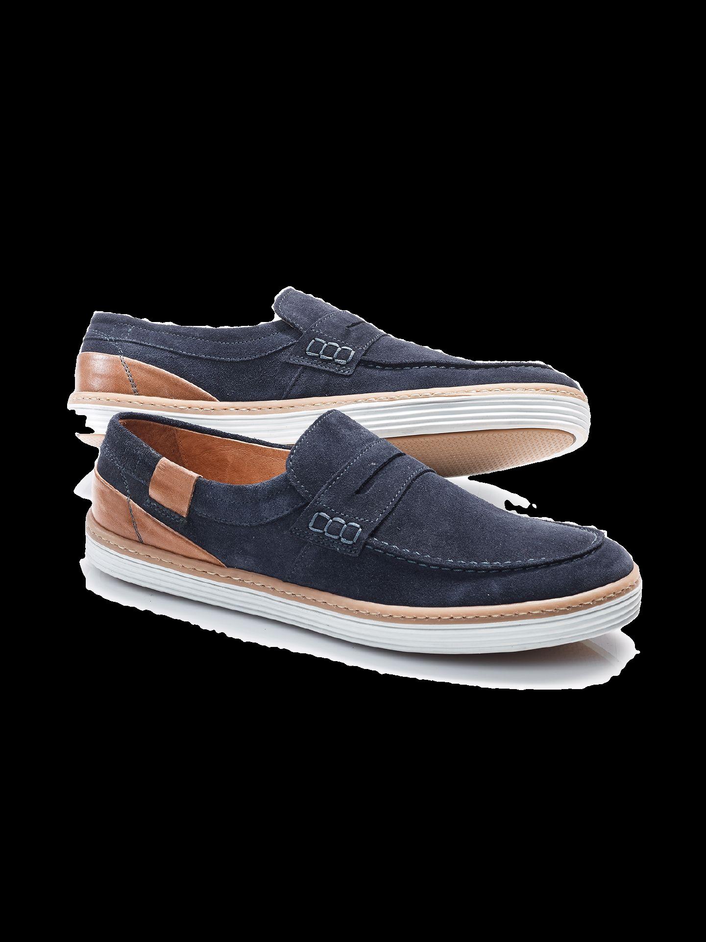 Sportlicher Loafer in Blau mit weißer Sohle und braunen Details.