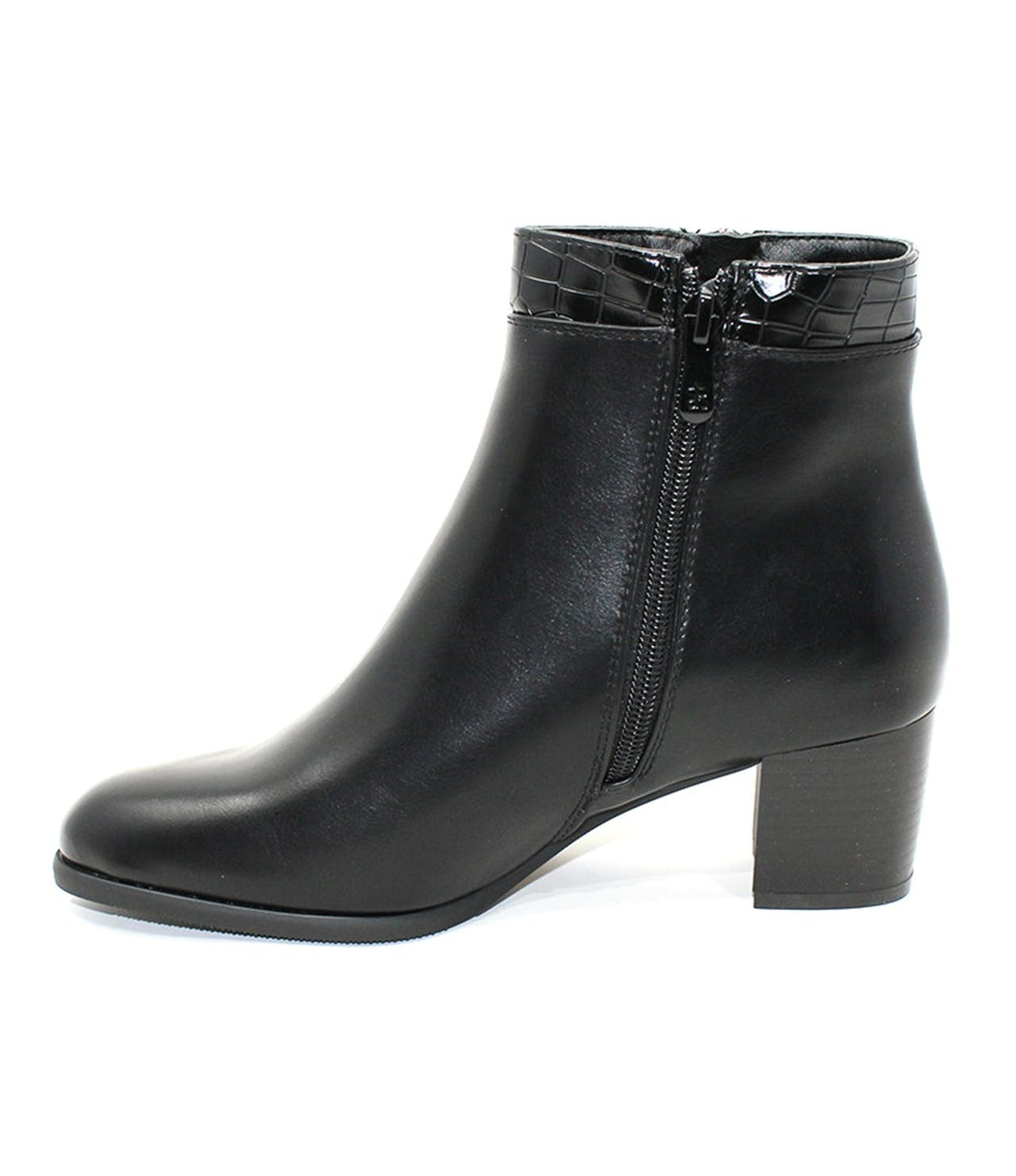 Classic look Black Ankle Boot