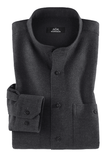 Ein graues Hemd mit drei Knöpfen, zwei Manschettenknöpfen und einem Etikett in der Innenseite.