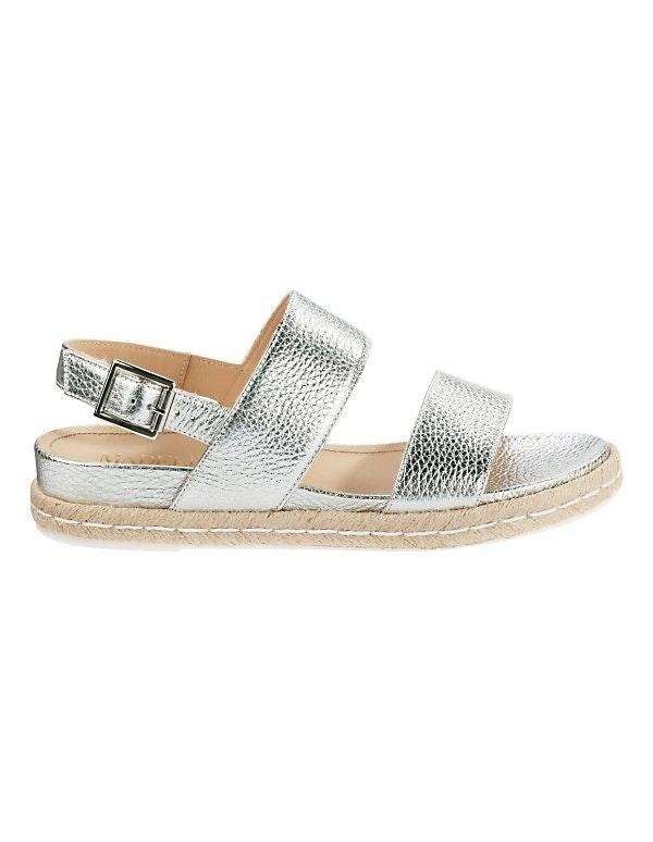 Flache Metallic-Sandalette