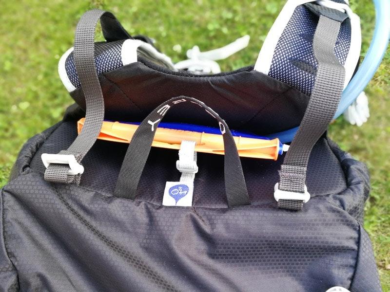 Innovativ und wirklich sinnvoll: Die Position der Trinkblase zwischen Rucksack und Rückenpolster.