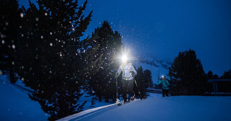 Lampada frontale, camminata, scialpinismo invernale