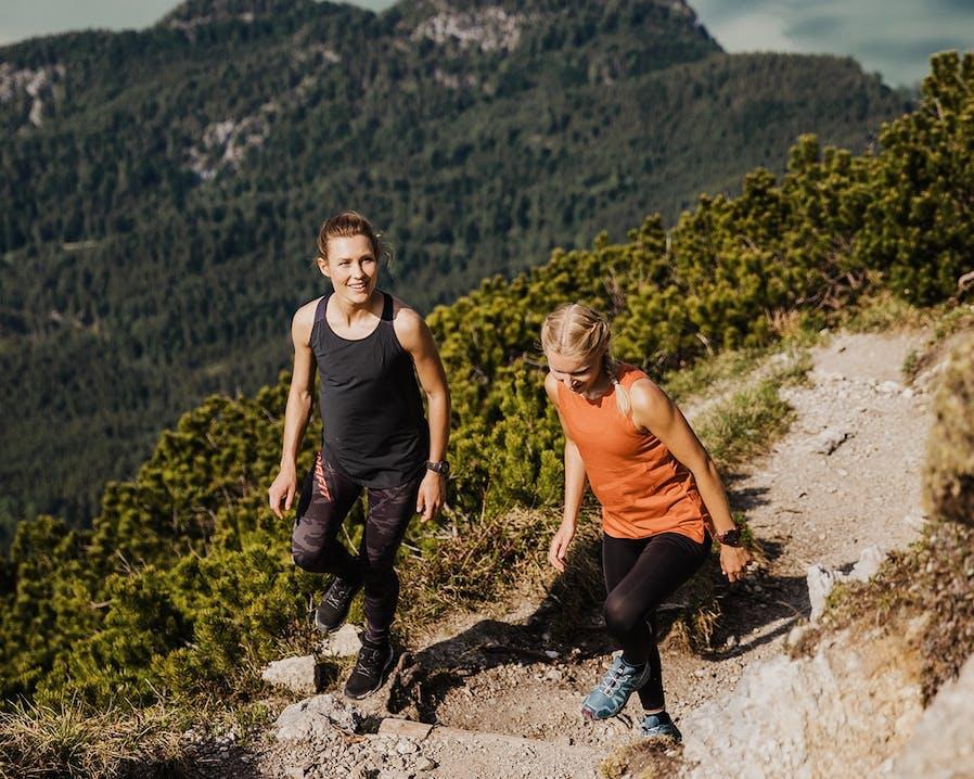 Frauen in den Bergen