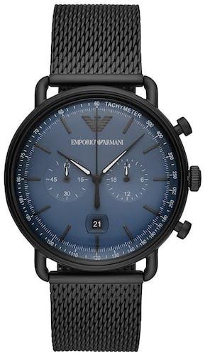 Cette montre EMPORIO ARMANI se compose d'un boîtier Rond de 43 mm et d'un bracelet en Acier Noir