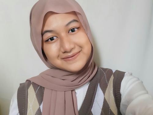 Berkenalan dengan Aisya, Si Pendiri Organisasi 'Jiwa Muda Bicara'