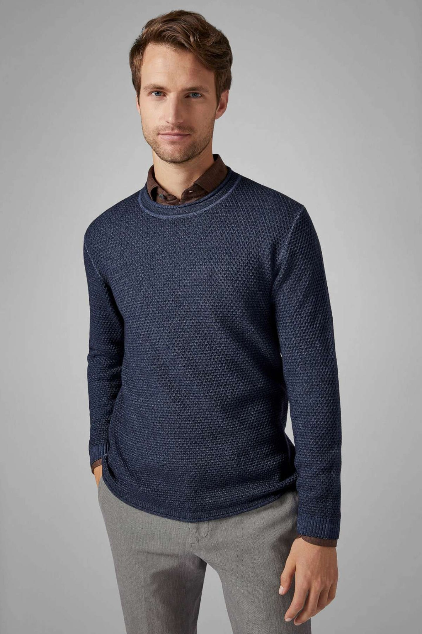 best Christmas presents for boyfriends crew-cut sweater in navy stone-washed merino wool by Boggi Milano