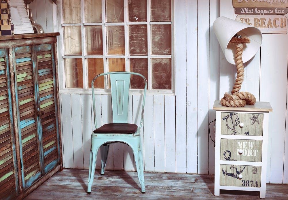 Er du den type, der bliver nostalgisk, når du er omgivet af både gamle møbler og ikke så gamle møbler og andre genstande? Så er dette indretningsdesign til dig. Her er det, du skal vide om Shabby chic.
