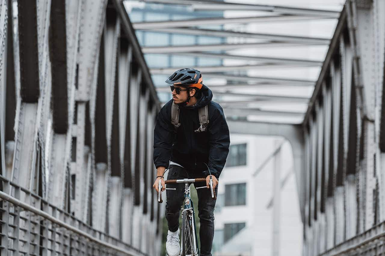 Rennrad Fahrradhelm