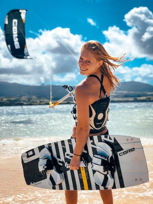 Ann-Kathrin Burmann beim Kitesurfen