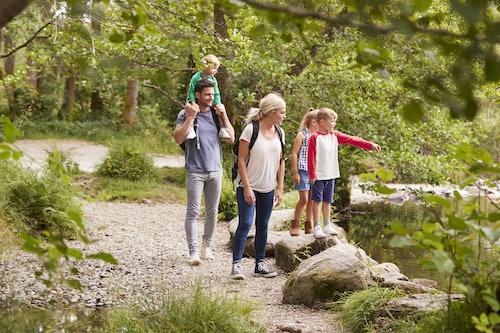 Wandern mit Kindern ©monkeybusinessimages