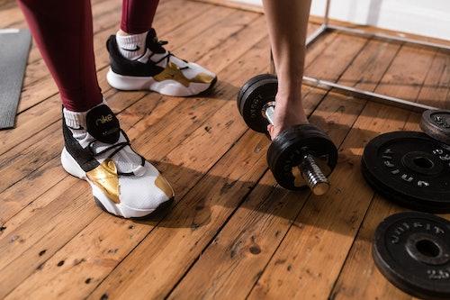 Hanteln und Home Workout Equipment