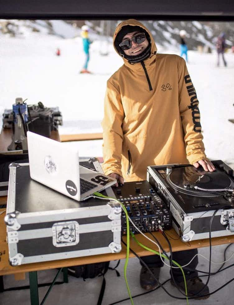 DJ Kidd Salute legt auf