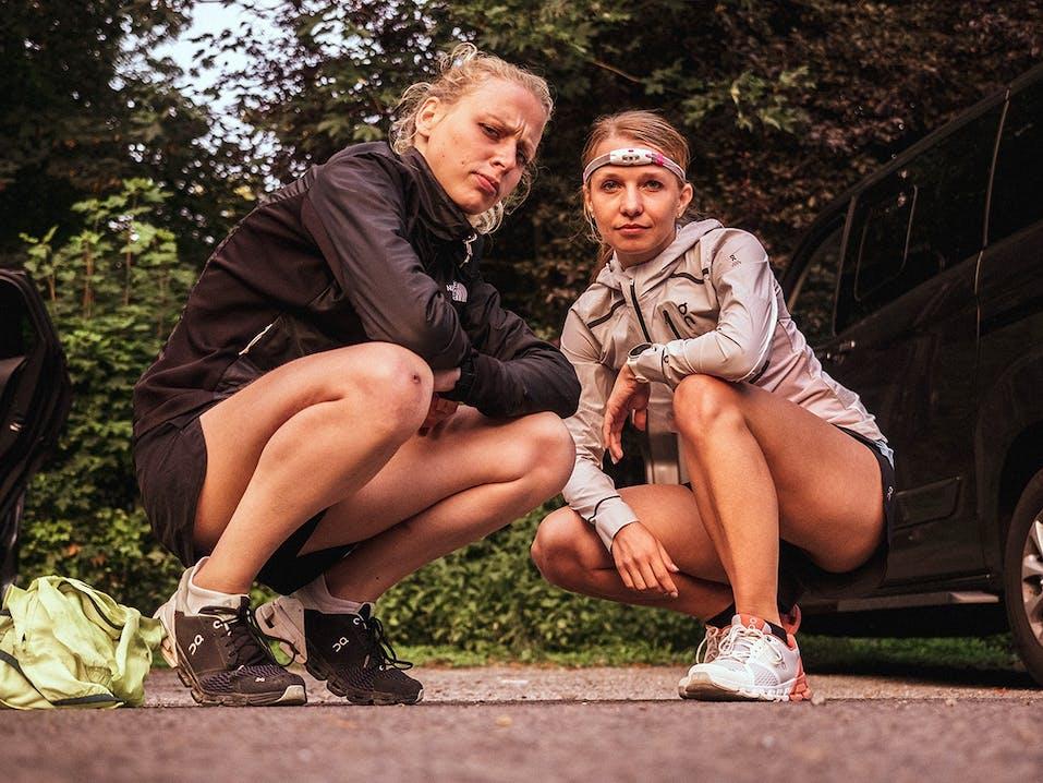 SportScheck Mädels beim ON Cloudflyer Relay