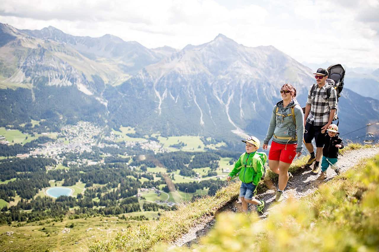 Familienurlaub wandern in der Schweiz