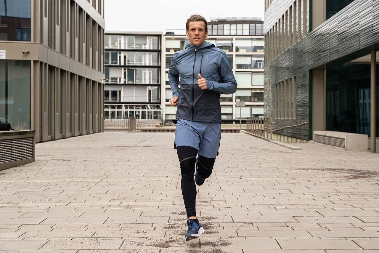 Läufer in urbanem Setting