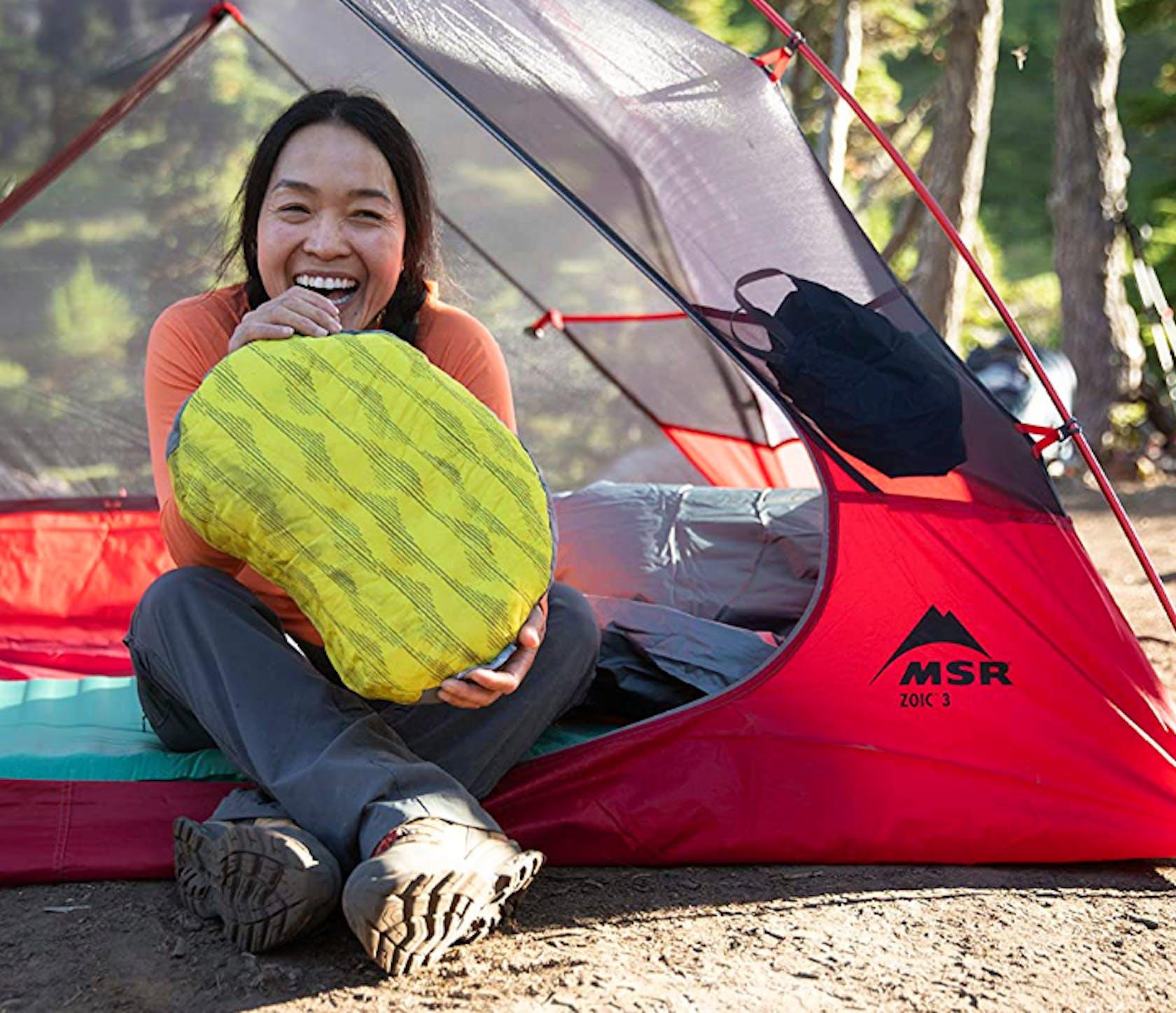 sacchi a pelo per dormire in campeggio