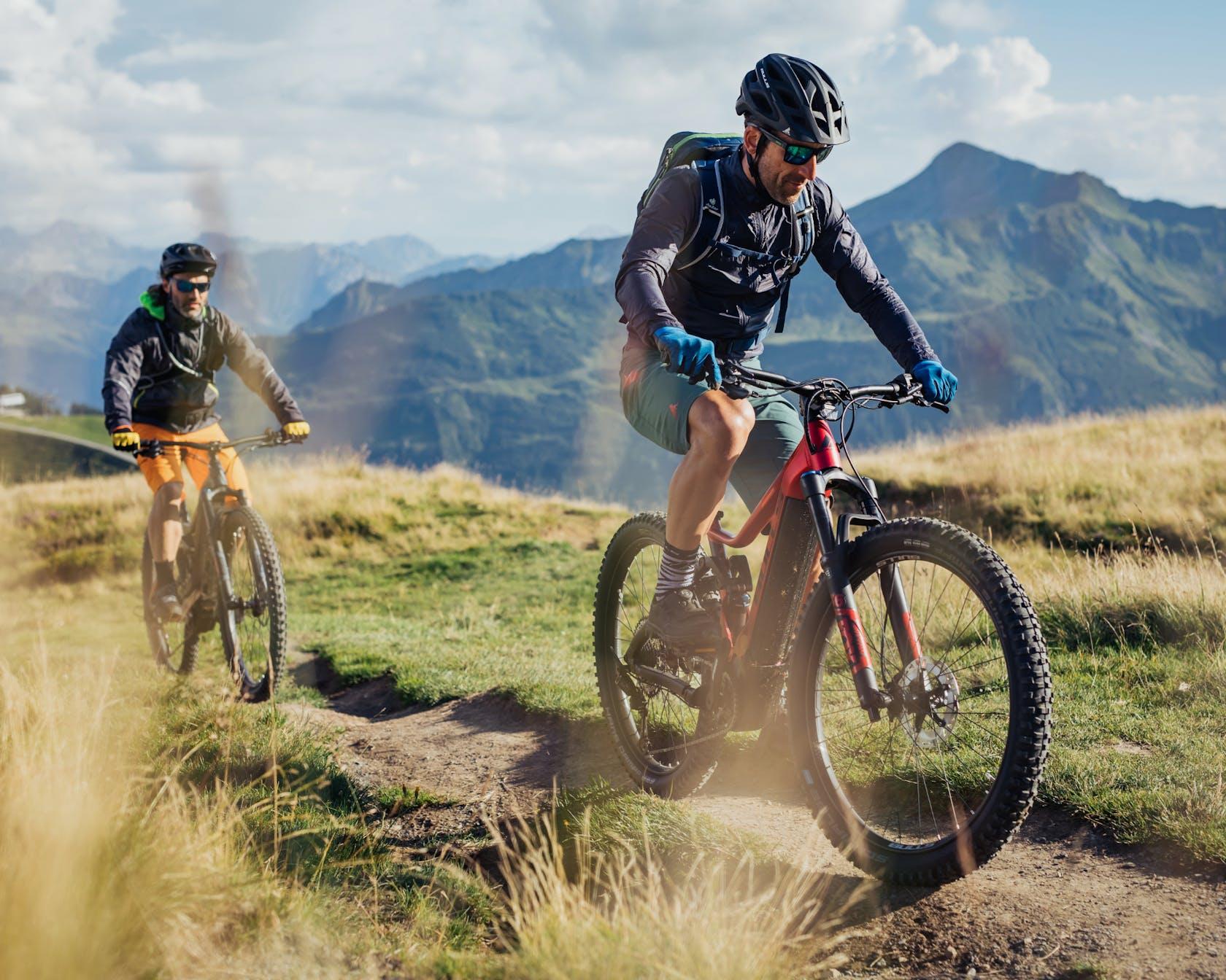 mountainbikes e-mountainbikes