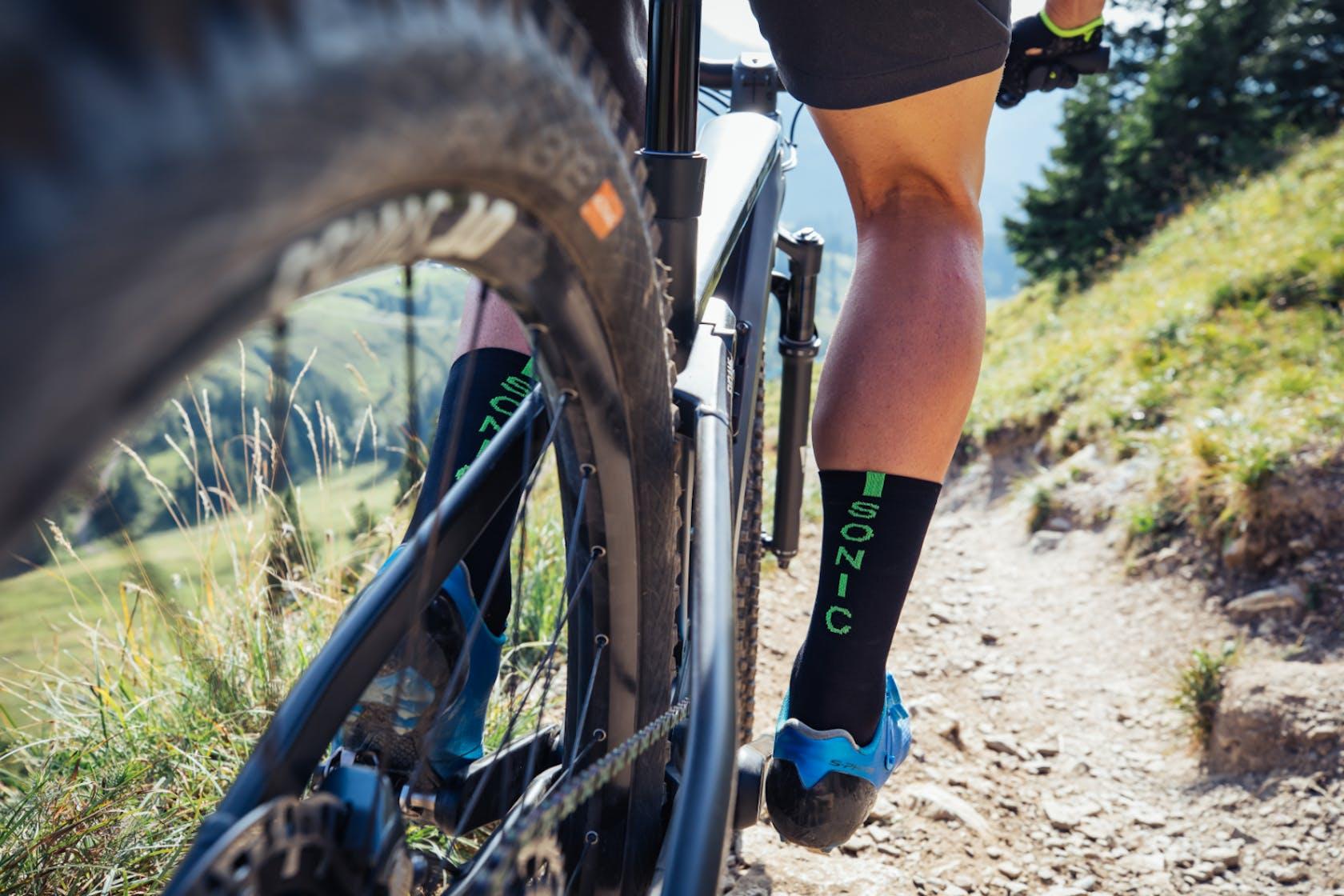 Ausrüstung, Ersatzteile und Werkstatt Mountainbike
