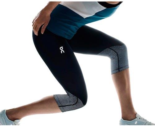 On Running - pantaloni corti running - donna