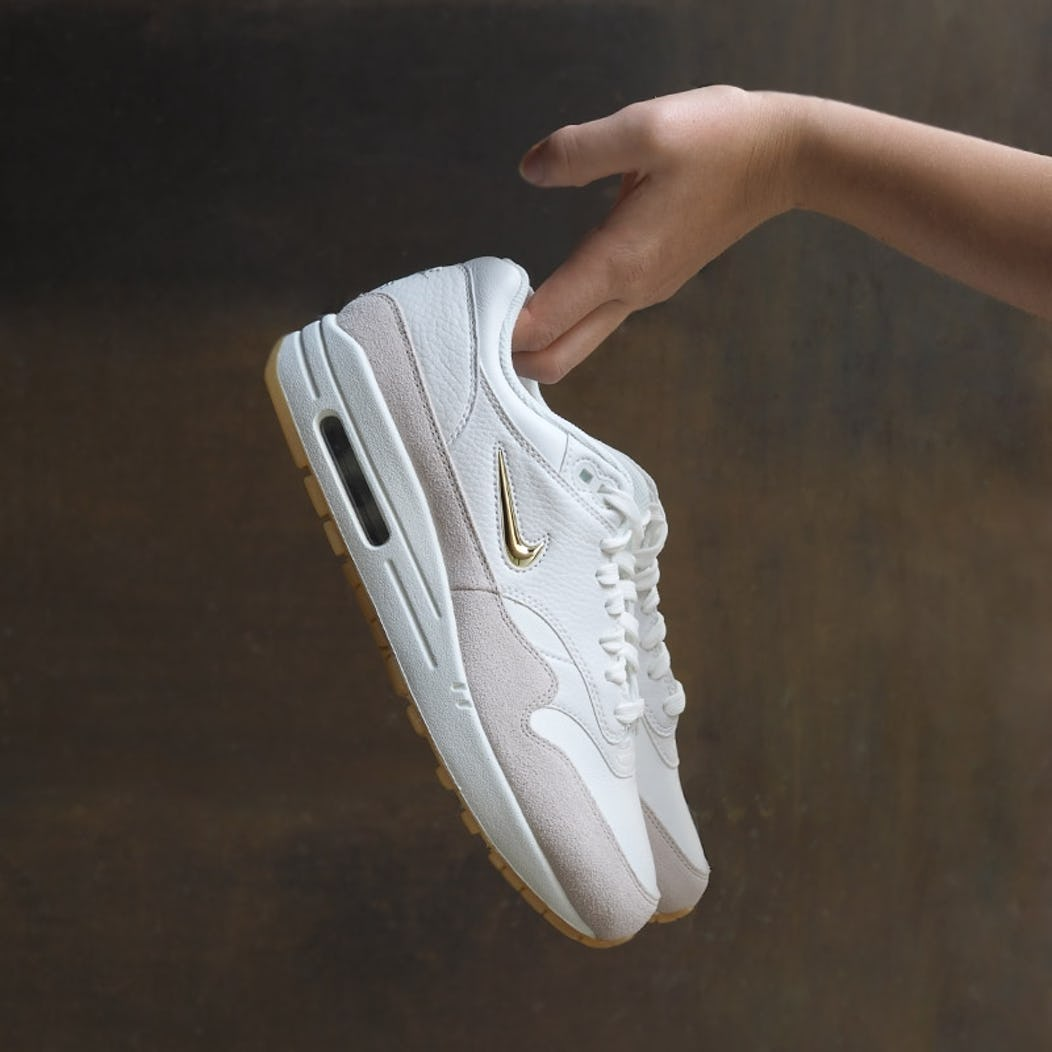 new styles 6932b a558c NIKE AIR MAX – THE REVOLUTION NEVER ENDS