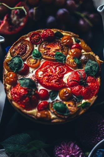 Rezept: Quiche mit Krause Tomaten, Gruyère und Ricotta