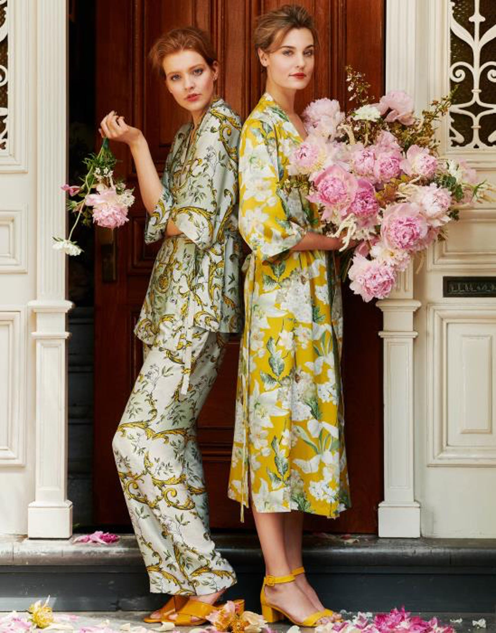 ESSENZA Indy Georgina Kimono Ornamente Grün
