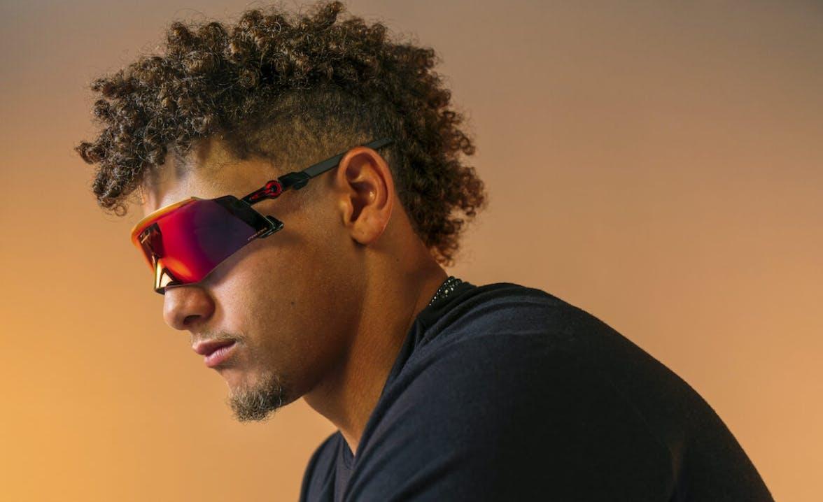 Patrick Mahomes mit den Oakley Kato Sportbrillen
