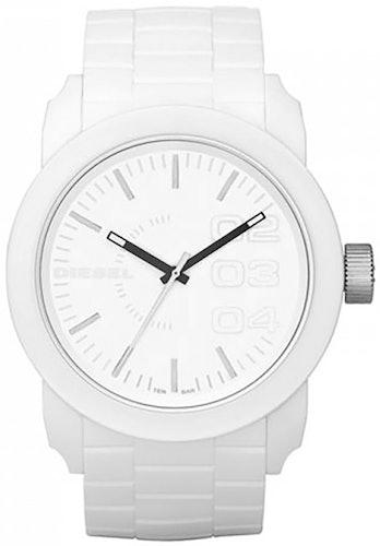 Cette montre DIESEL se compose d'un Boîtier Rond de 44 mm et d'un bracelet en Silicone Blanc