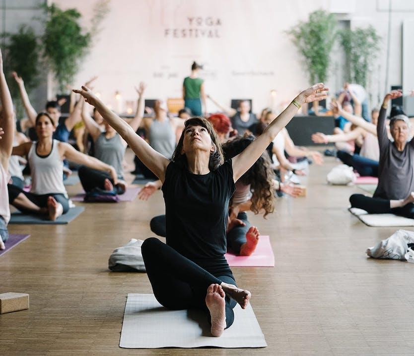 Yogis auf dem YEZ Yoga Festival