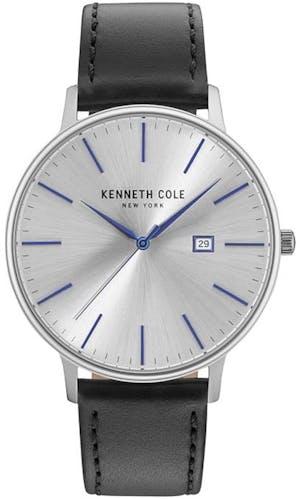 Cette montre KENNETH COLE se compose d'un Boîtier Rond de 42 mm et d'un bracelet en Acier Gris