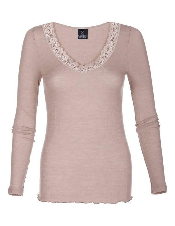 MADELEINE Rippshirt aus Wolle und Seide mit Spitze am Ausschnitt