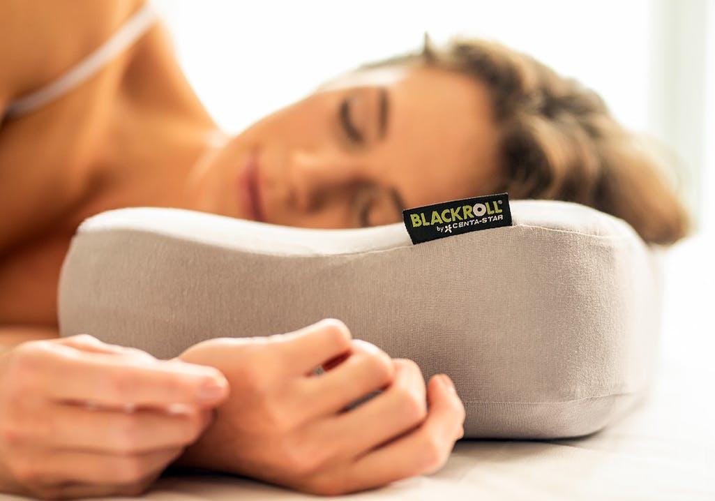 Gut schlafen mit dem Blackroll Pillow
