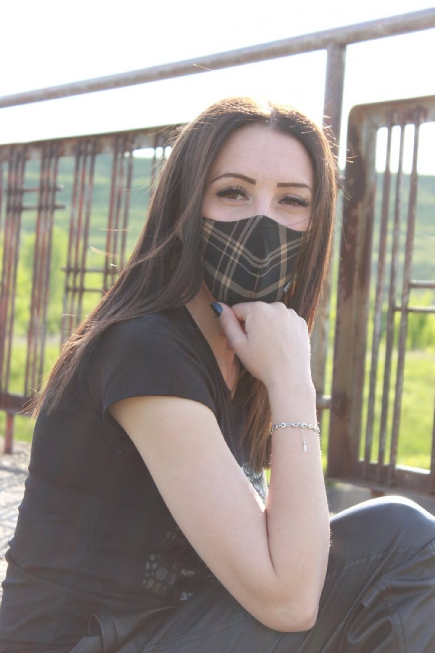 Face mask   Black copper