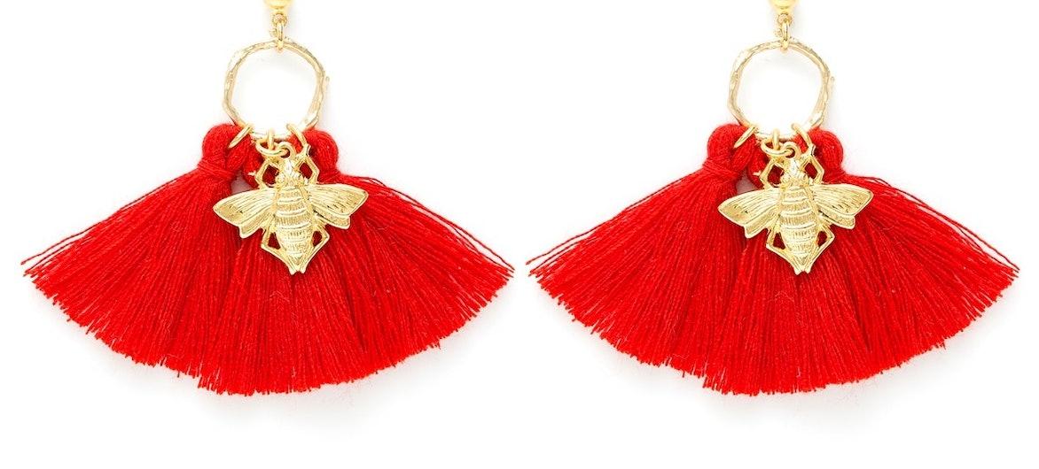 Boucles d'oreilles Salomé coquelicot, entièrement réalisées à la main par la créatrice CHARLY JAMES