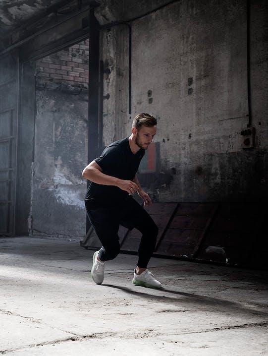 Der adidas Alphaedge 4D  sorgt beim Sport für ideale Dämpfung und perfekte Energierückführung