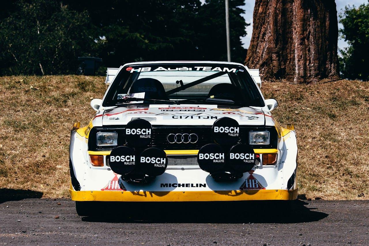 Audi Motorsport Wagen von vorne Fotografiert