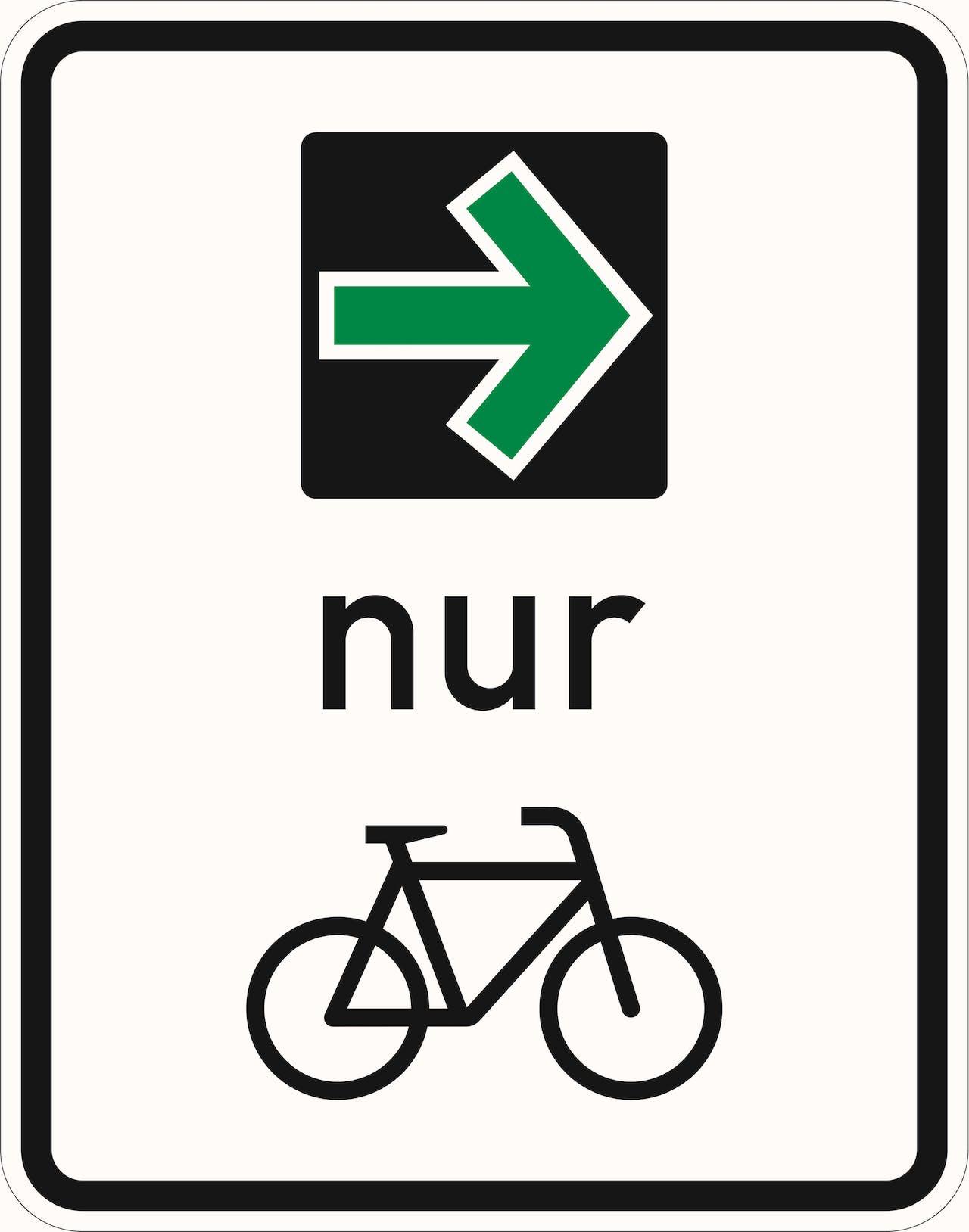 Neues Verkehrsschild Grüner Abbiegepfeil für Radfahrer