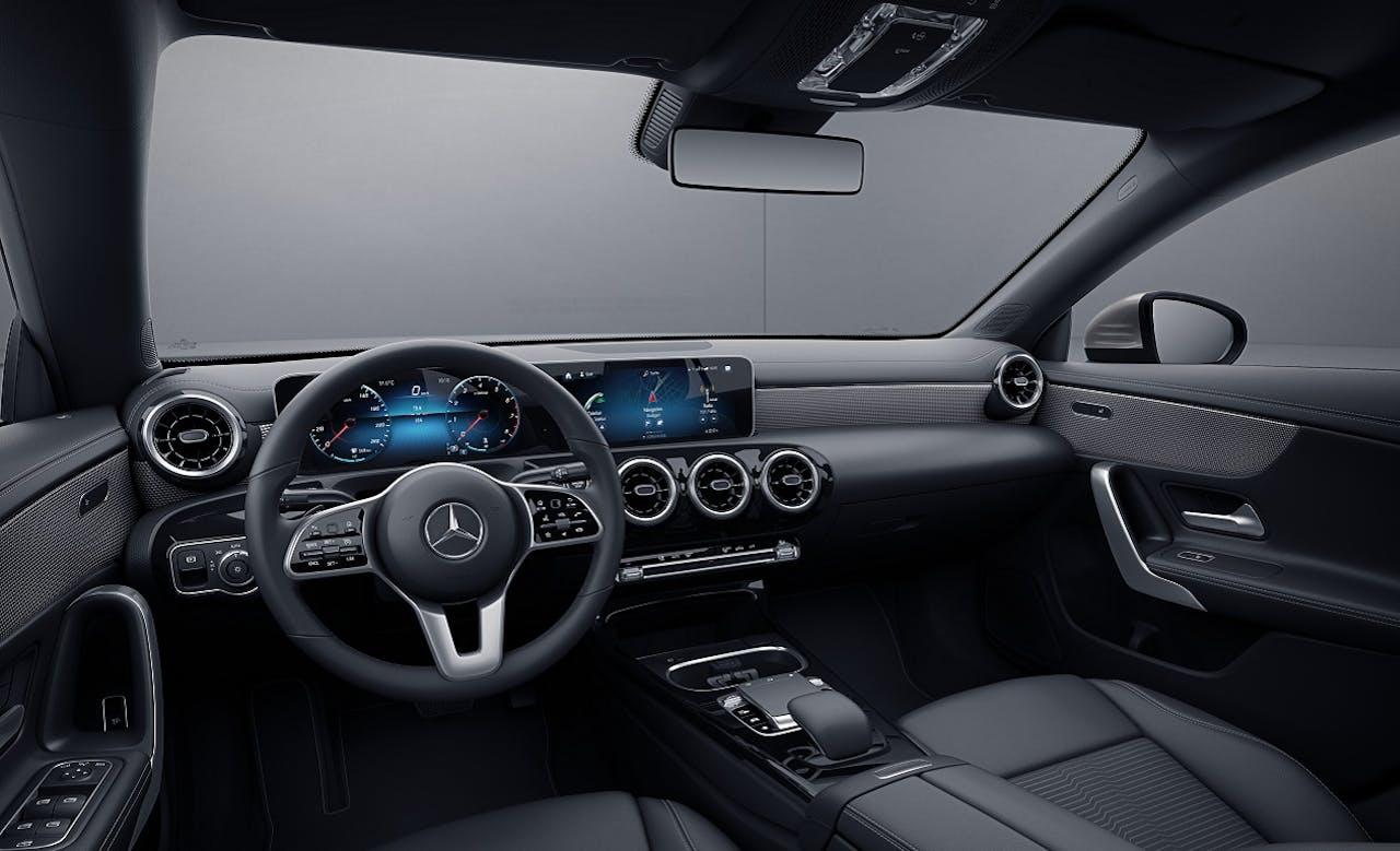 Das Interieur in der Progressive Ausstattung im Mercedes-Benz CLA Coupé