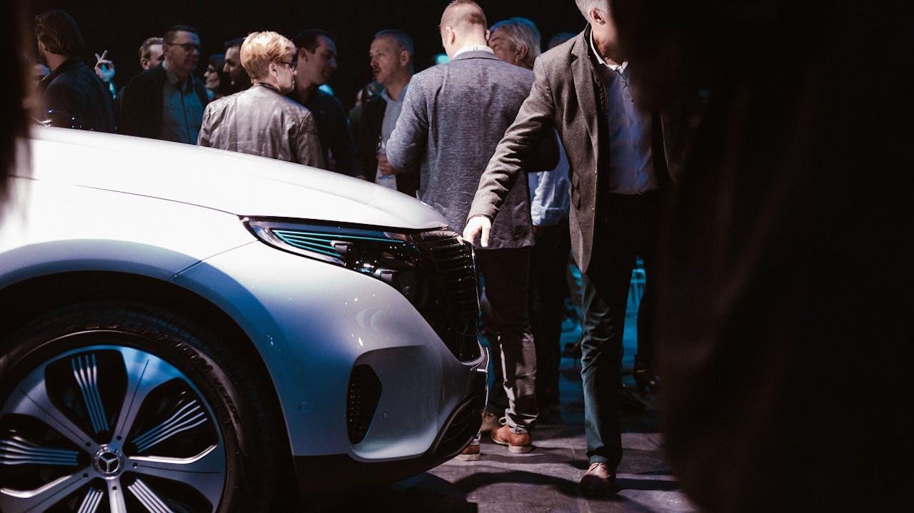 Mercedes-Benz EQC bei der Präsentation. Ob E-Autos wirklich nachhaltig sind, zeigt der Check der Ökobilanz.