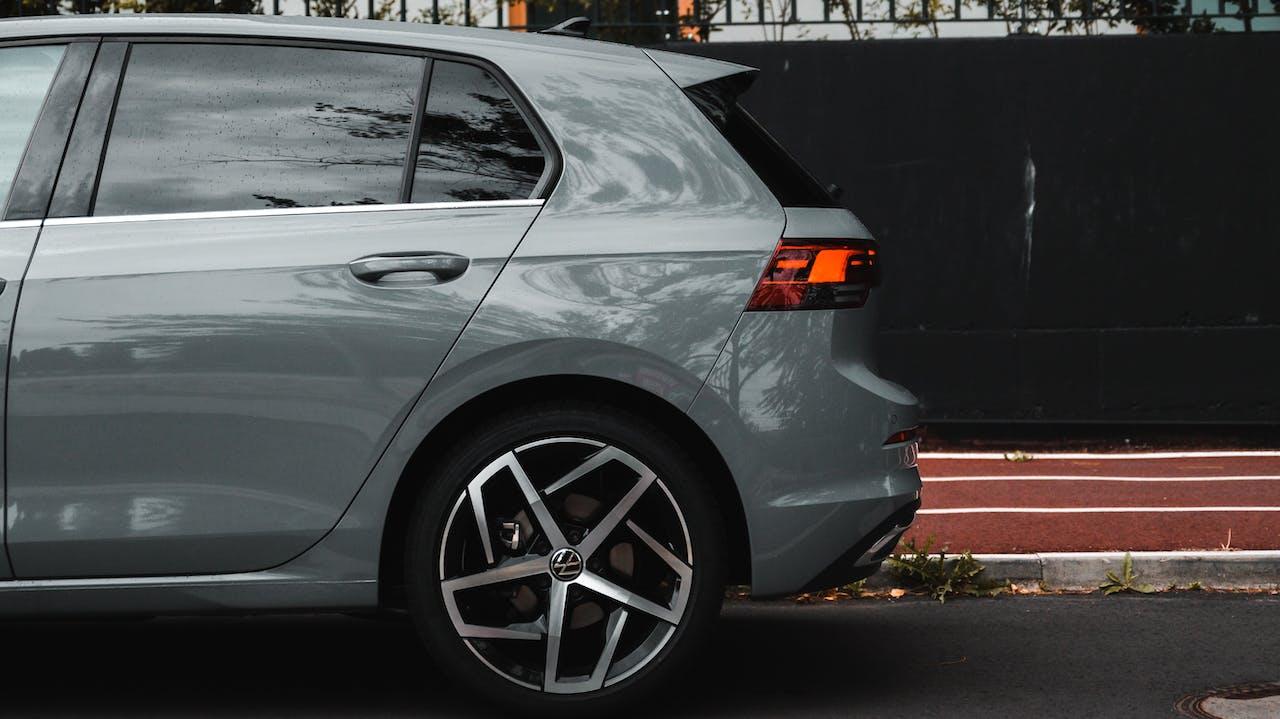 VW Golf VIII Seitenansicht