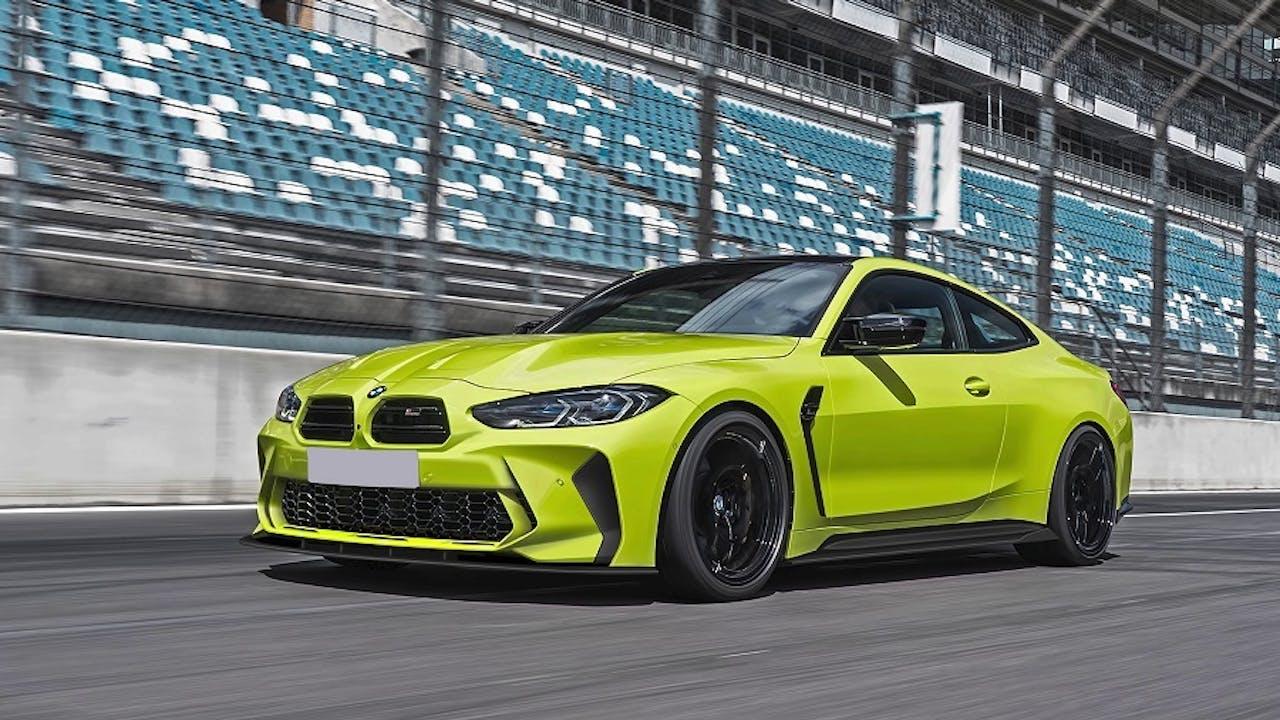 BMW M4 auf Rennstrecke ohne Riesenniere durch Bodykit von Prior Design