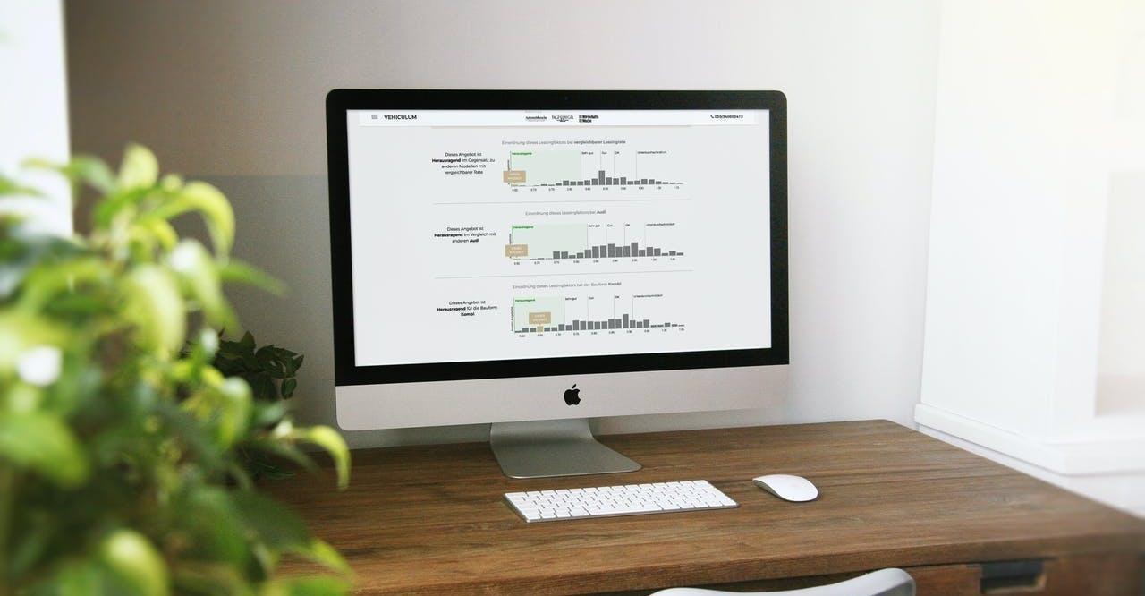 Headerbild_iMac_mit_Daten_Mehrwert_Vorteile_VEHICULUM